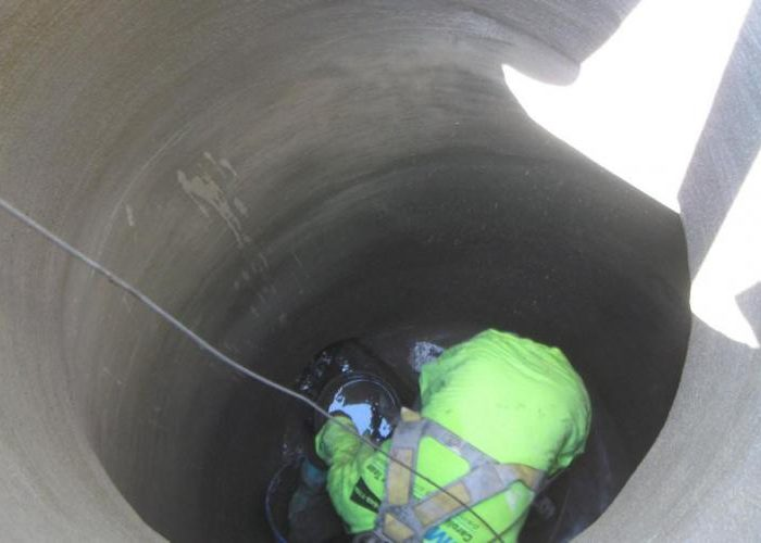 Manhole Rehabilitation - During